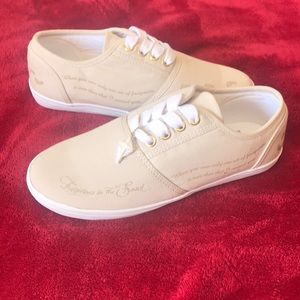 The Bradford Exchange Beige new canvas sneakers